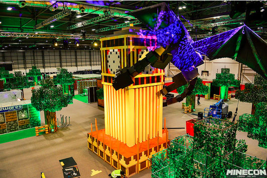 Minecon-2015-Minecraft-bigben-dragon-Gearcraft