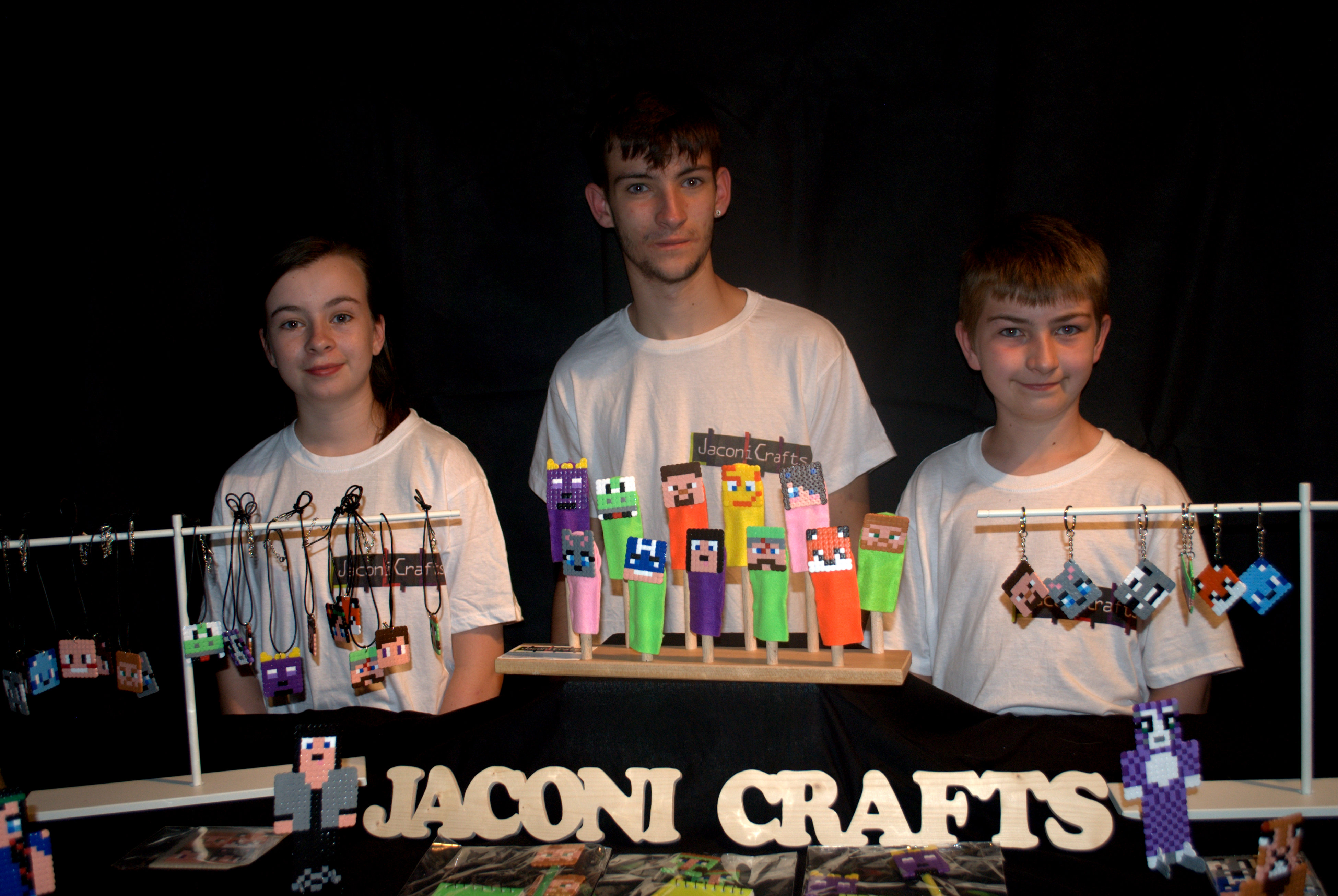JaconiCrafts—Three Young Entrepreneurs Minecraft Business Takes Off! | Gearcraft